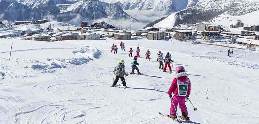 France_alpe_dhuez_nursery-slopes.jpg